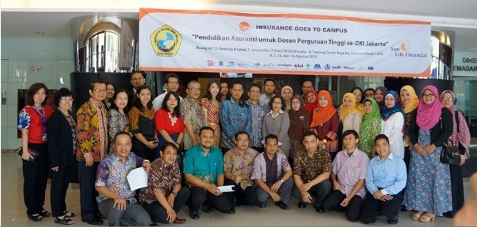 Sun Life Financial Indonesia supported Insurance Goes to Campus